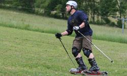Letní travní lyžování